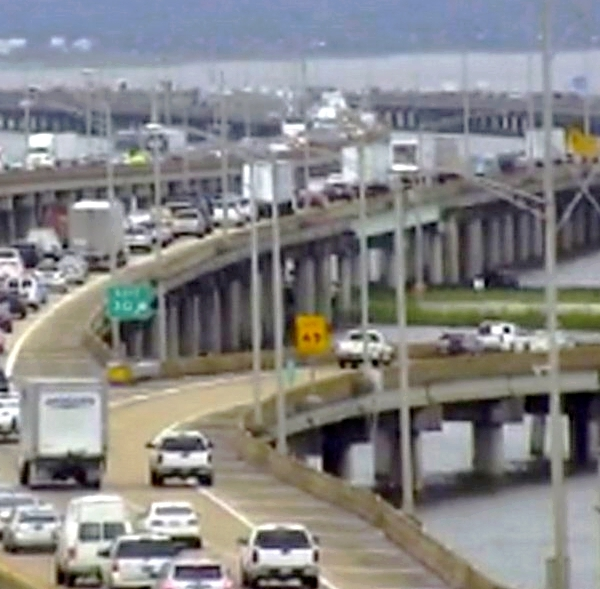 Bayway Traffic_197672