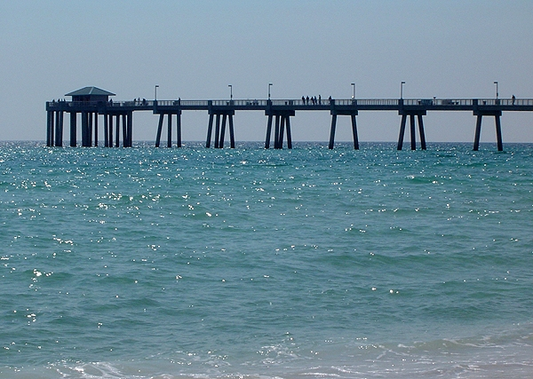 Okaloosa Island Pier closed Sunday morning for clean up dive
