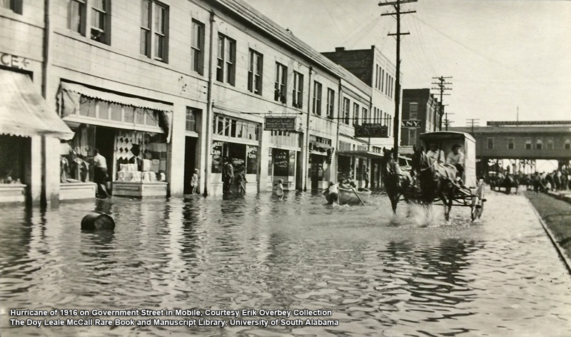 Hurricane of 1916 Aftermath on Government Street in Mobile - USA Archives