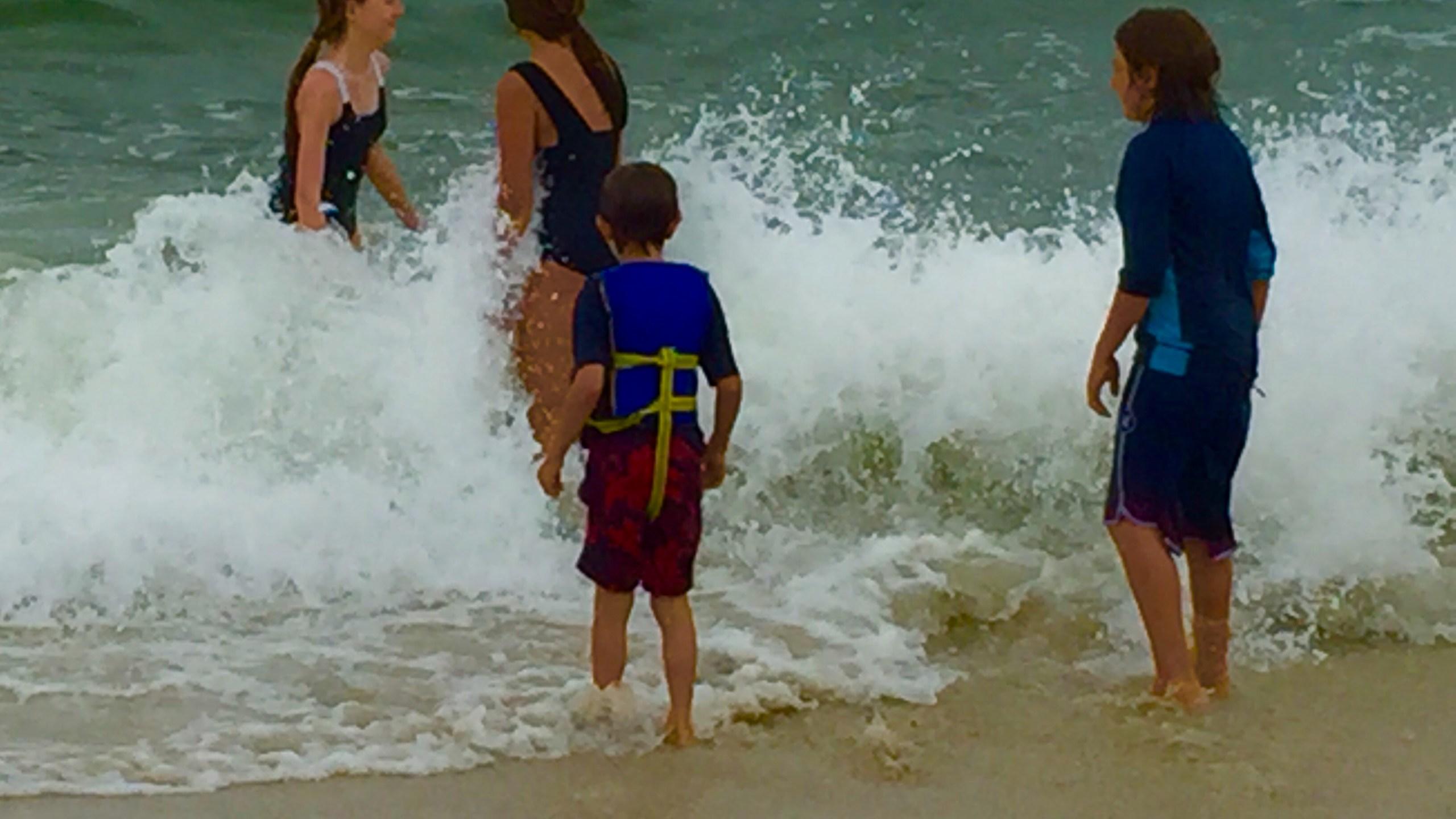 Rough surf along Alabama's beaches._204355