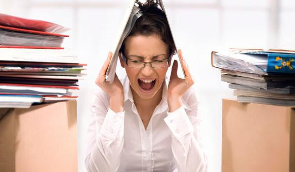 stressed-office-worker_222006