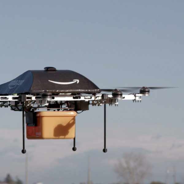 amazon-drone-delivery_283430