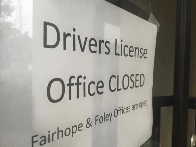drivers-license-office_288575