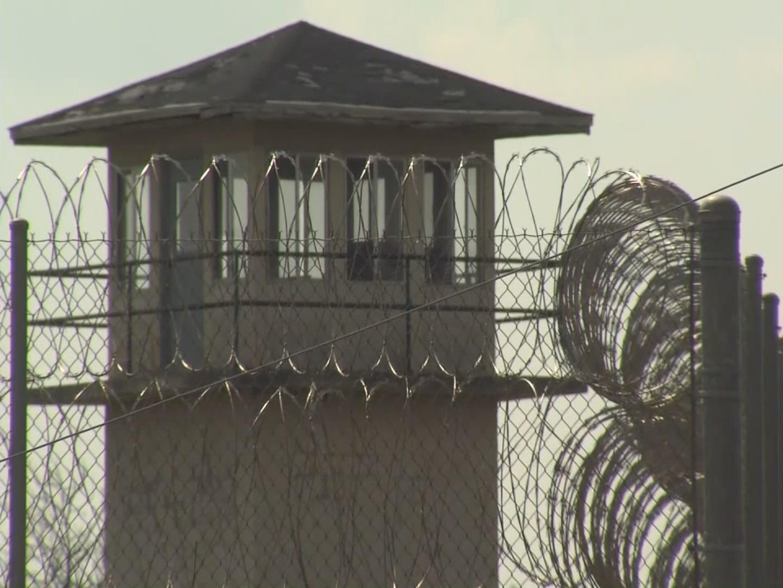 prisons1_299912
