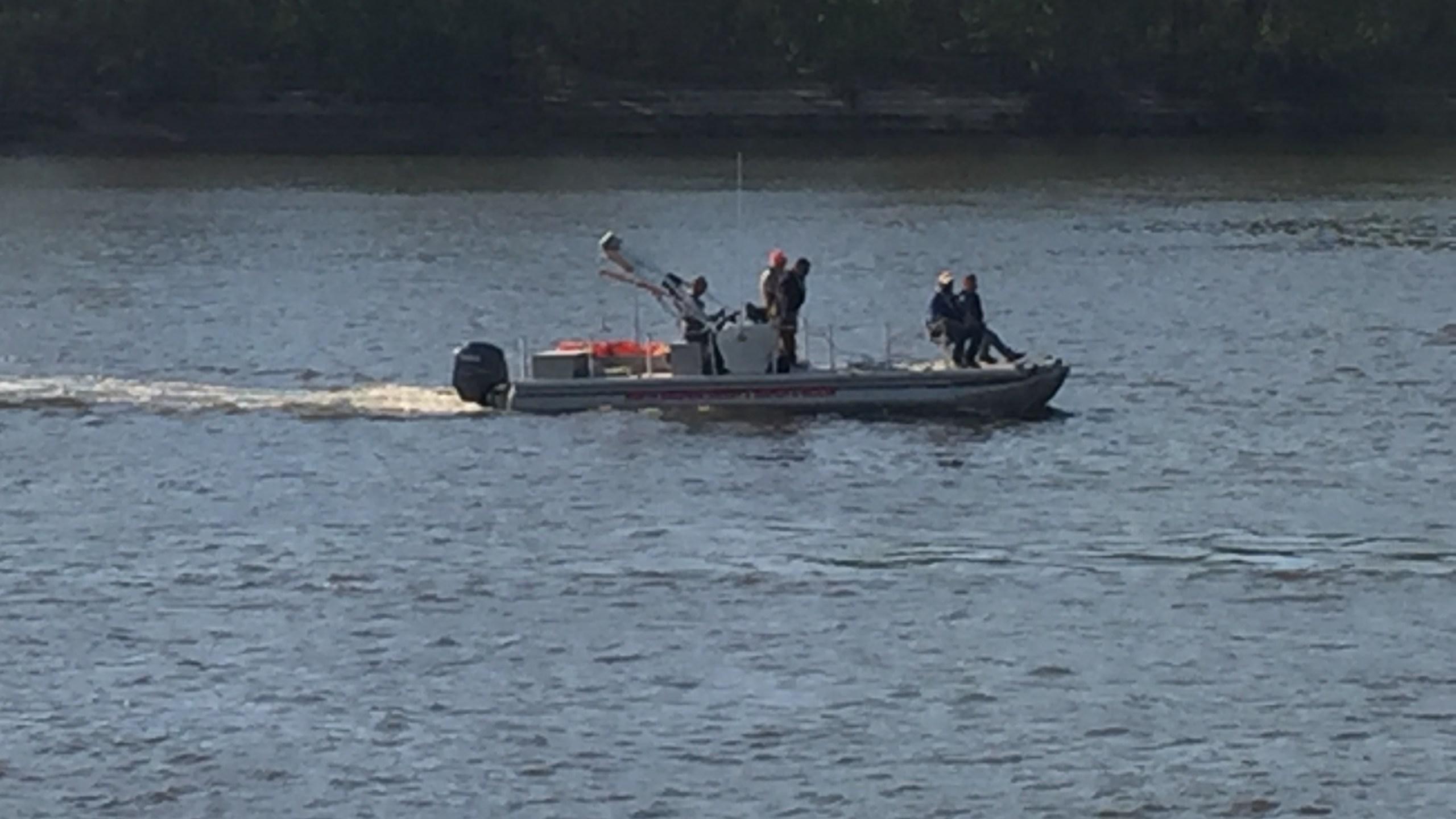 Alabama River at Dixie Landing_324088