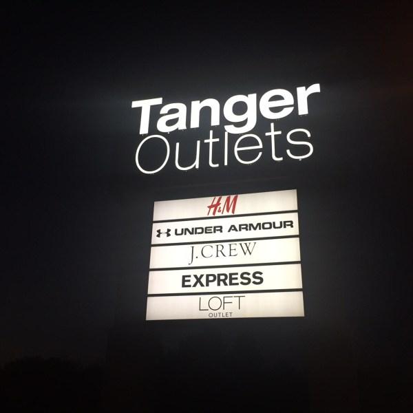Tanger Outlets_319545