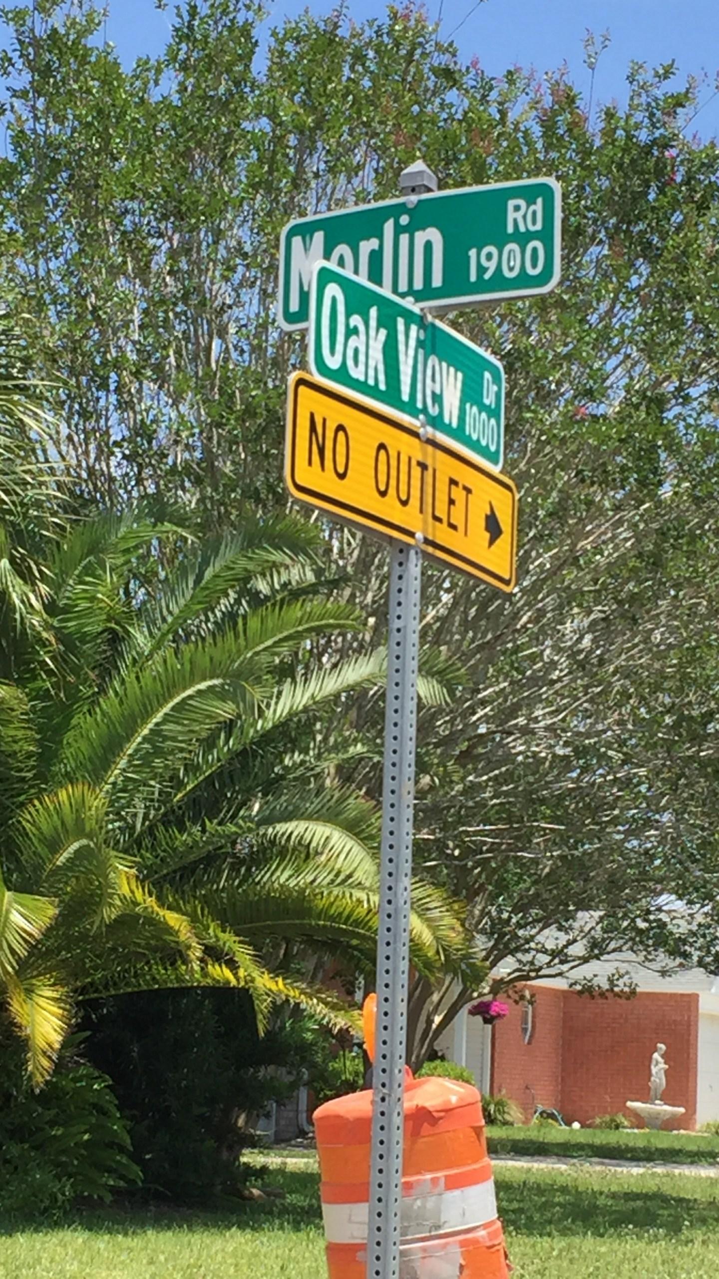 Street sign_352126