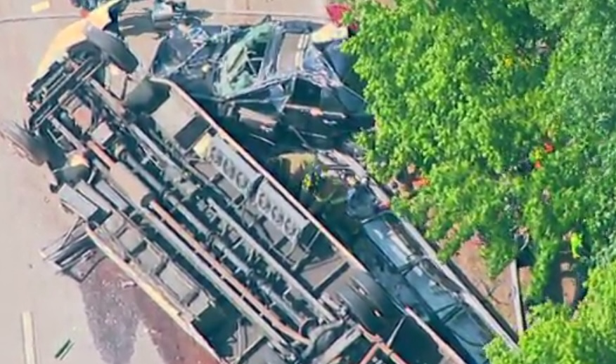 church bus crash_361550