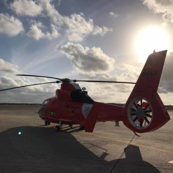 coast guard helicopter_380136