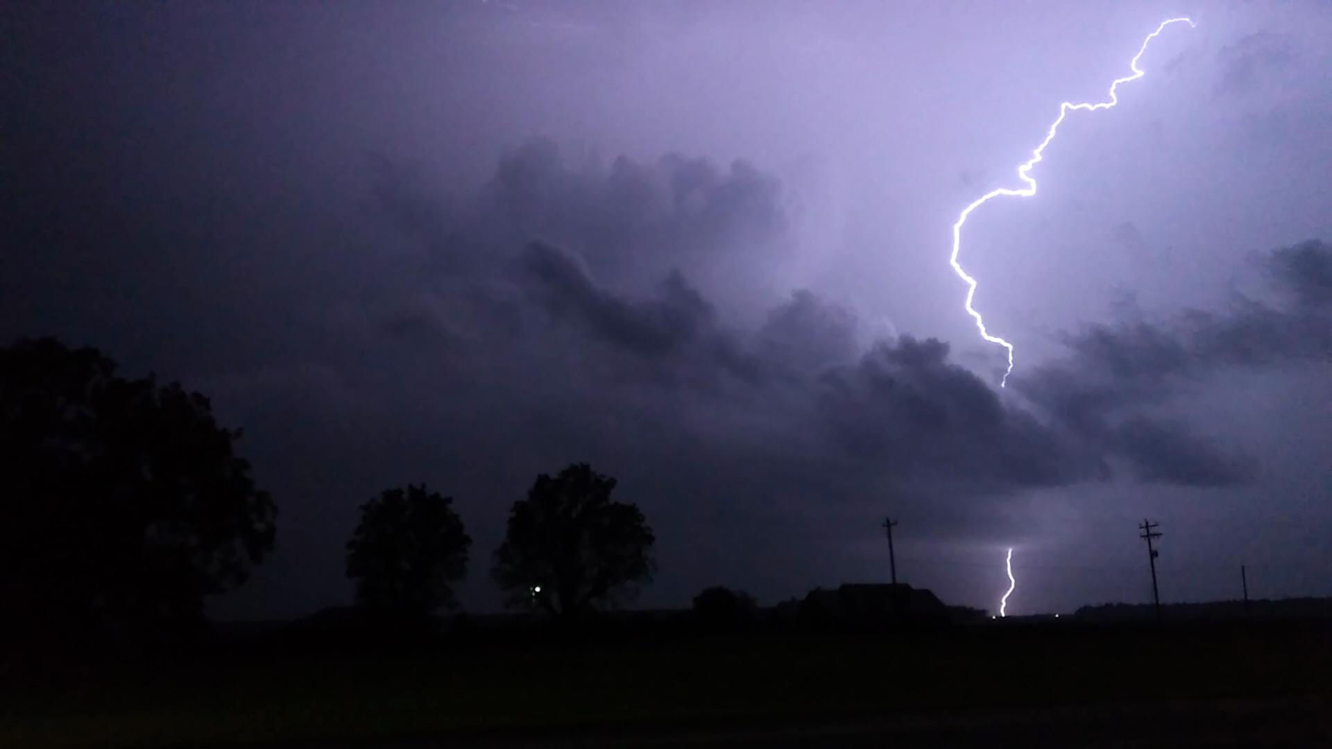 lightning 1_402790