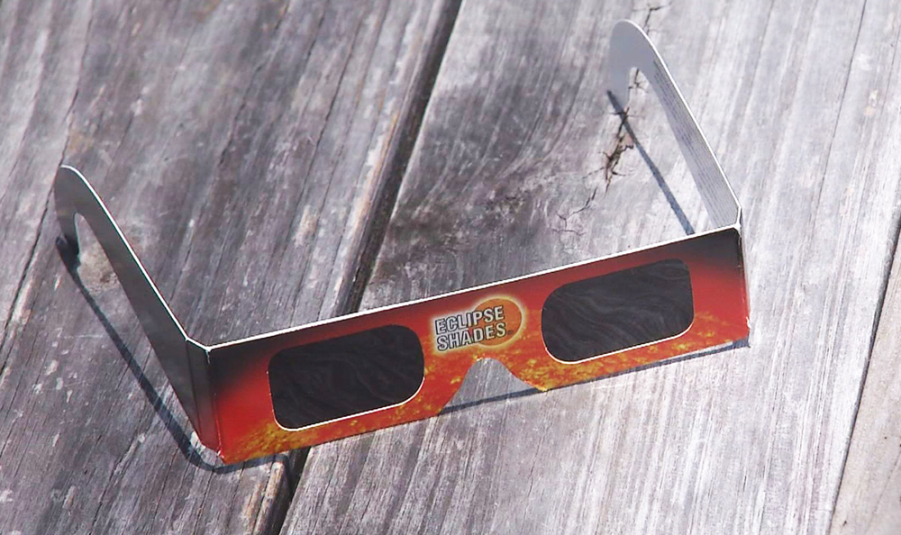 Solar Eclipse Glasses_387824