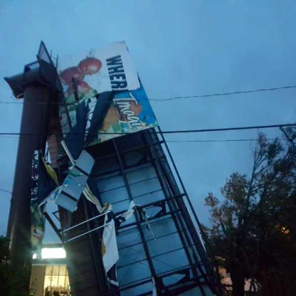 billboard damage 3_424208