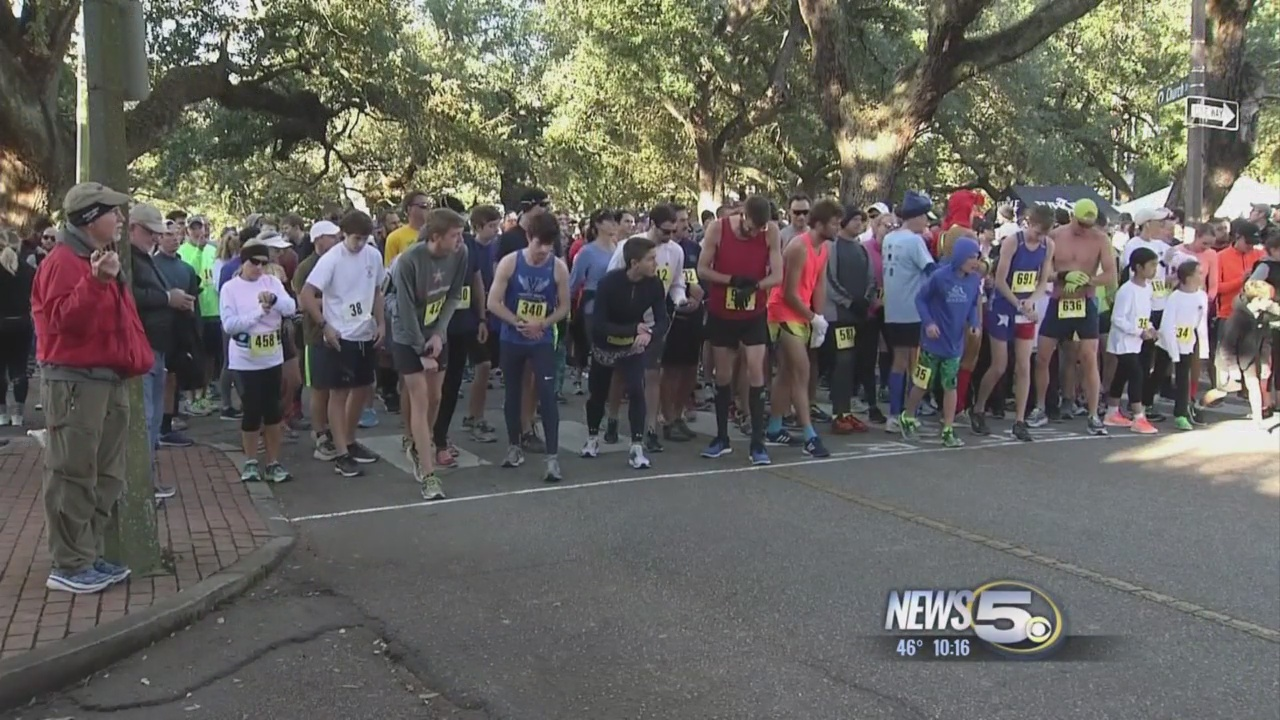 Turkey Trot for Hope 2017 Takes Over Downtown Mobile