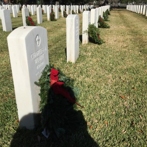 Wreaths across America_463998