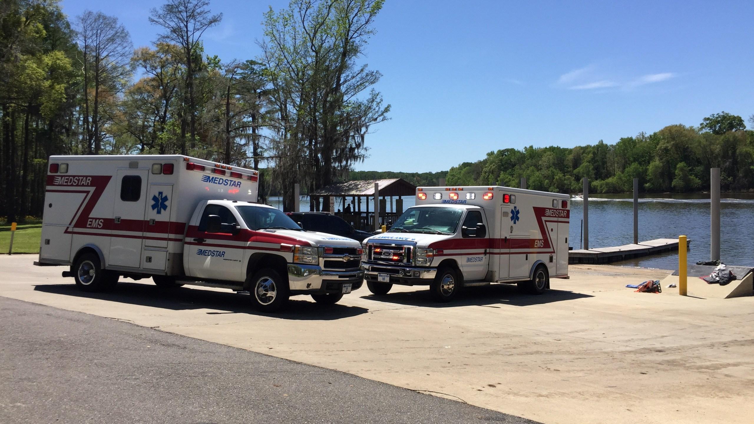 One dead, two hurt in Stockton boat crash