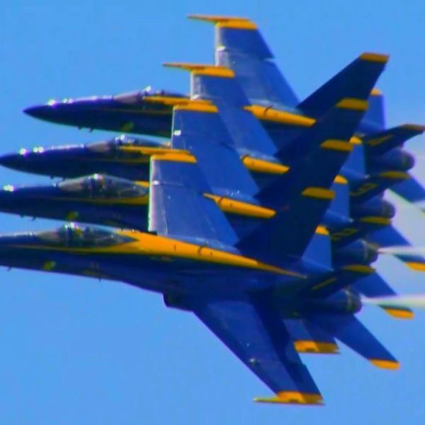 Blue_Angels_1532096410040.jpg