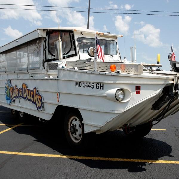 Missouri_Boat_Accident_Duck_Boats_29073-159532.jpg94174004
