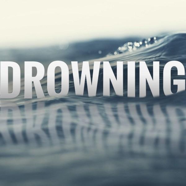 drowning_416988