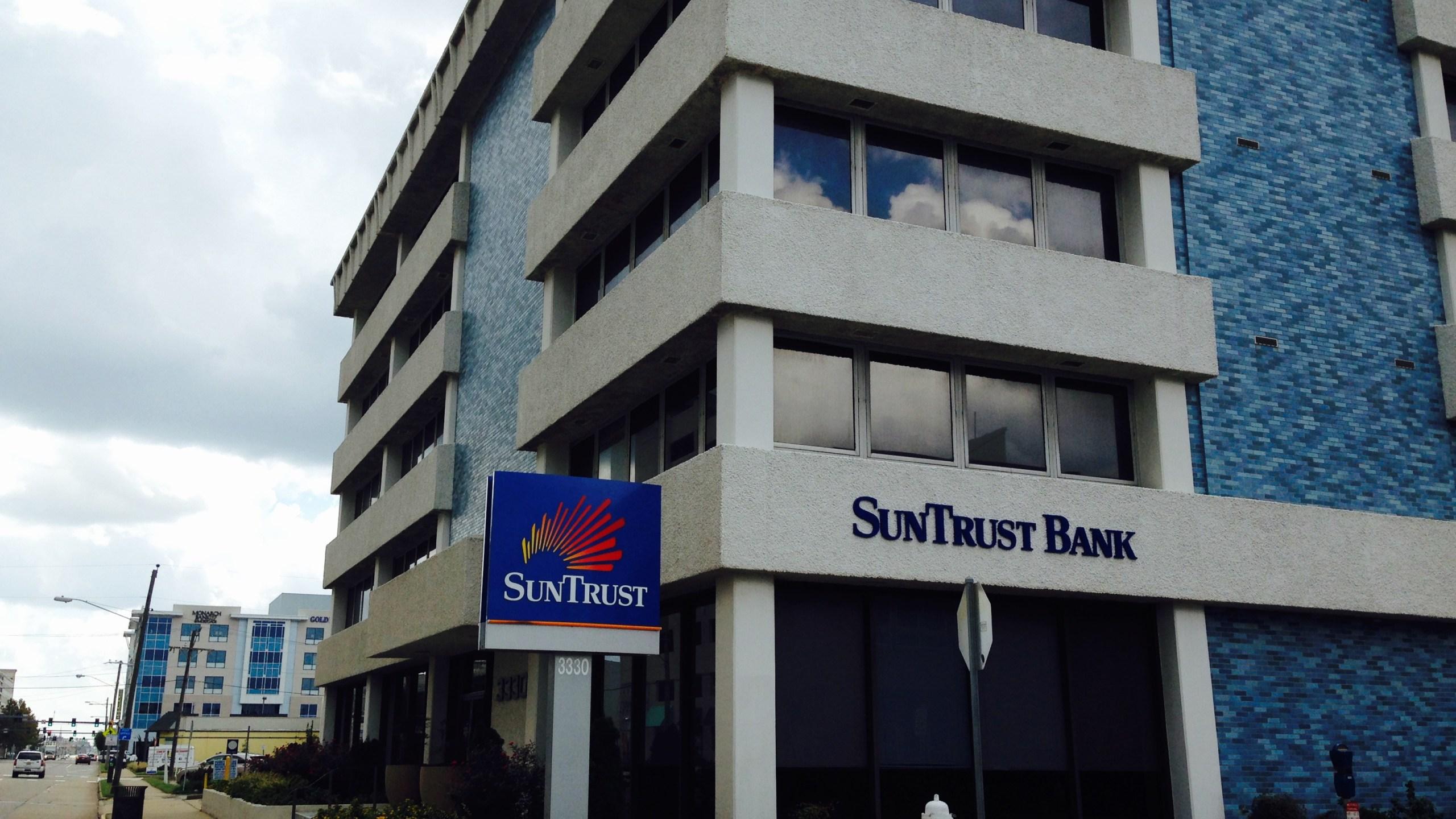 Suntrust bank_185173-873703993