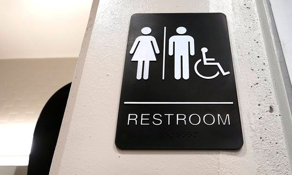 Transgender Bathroom School_1540237638342