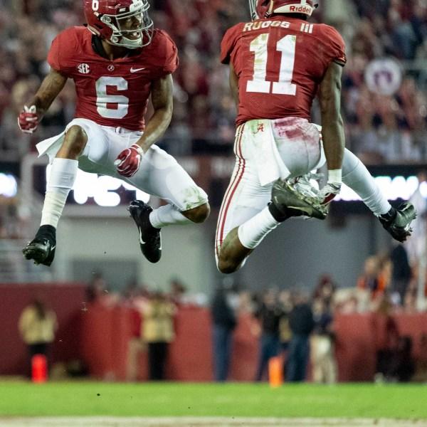 SEC_Championship-Alabama's_Offense_Football_65022-159532.jpg59159418