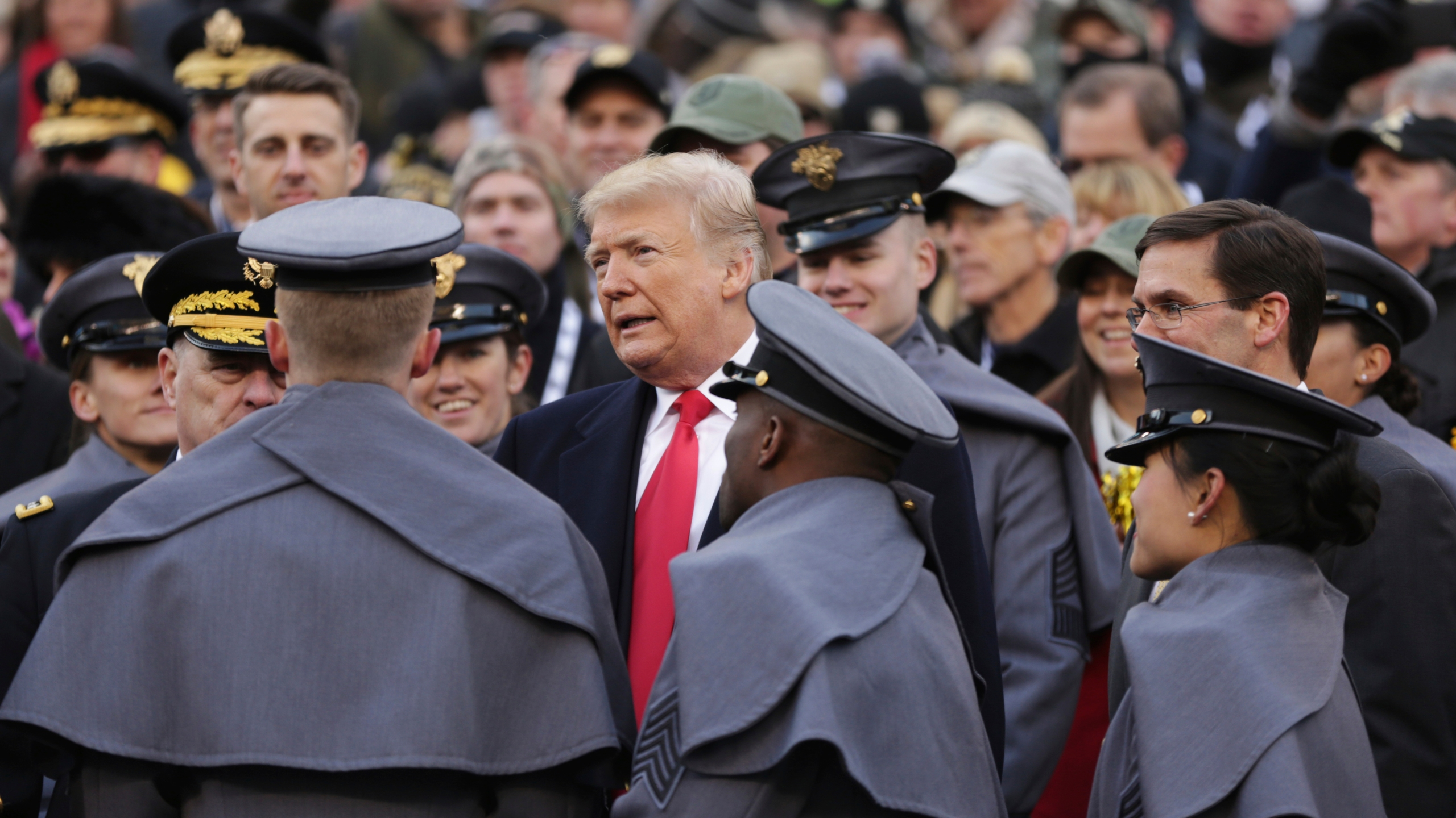Trump_Navy_Army_Football_79527-159532.jpg36207671