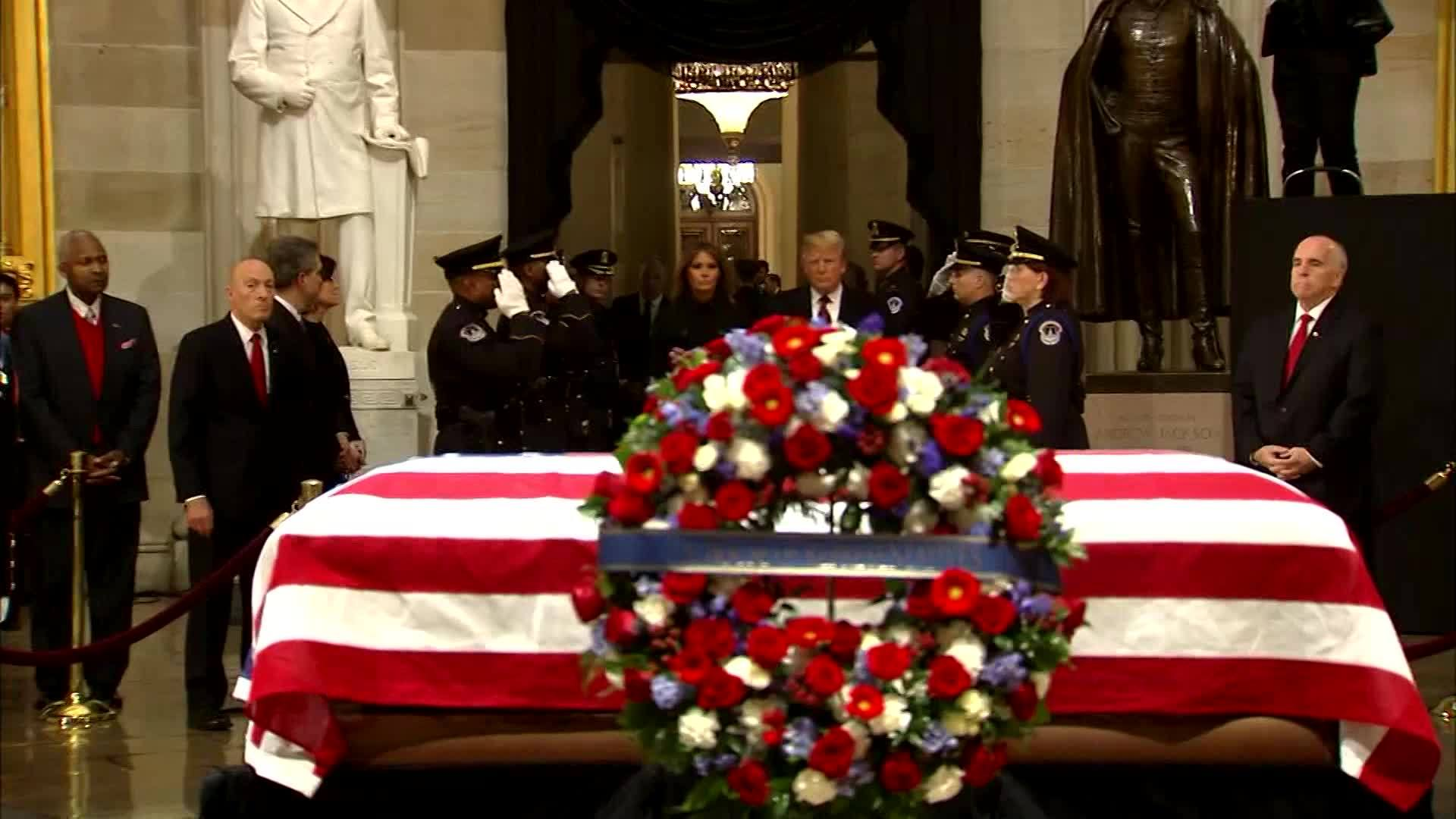 VIDEO: President Trump, First Lady pay respects to late President George H.W. Bush