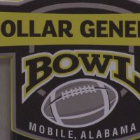 VIDEO: Teams arrive in Mobile head of Dollar General Bowl