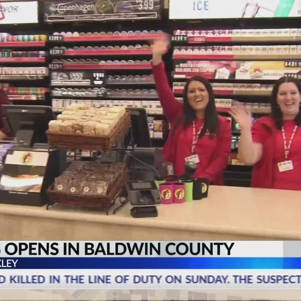 VIDEO: First Buc-ee's opens in Baldwin County, more could be coming to Alabama