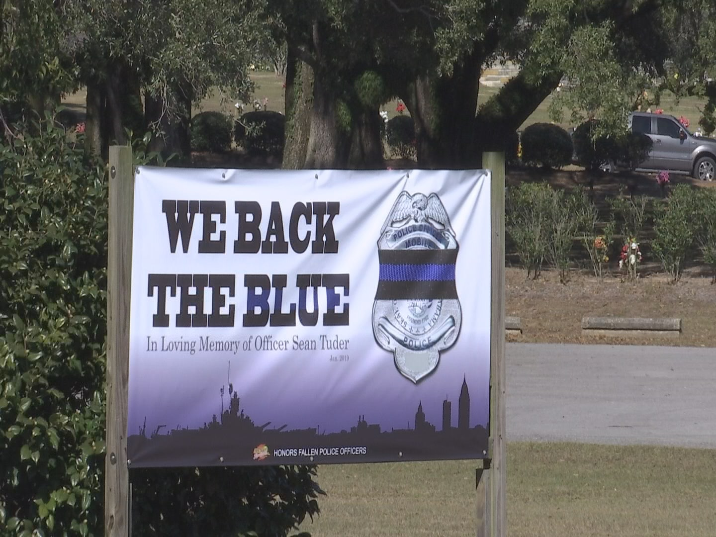 back the blue funeral home_1548351718486.jpg.jpg