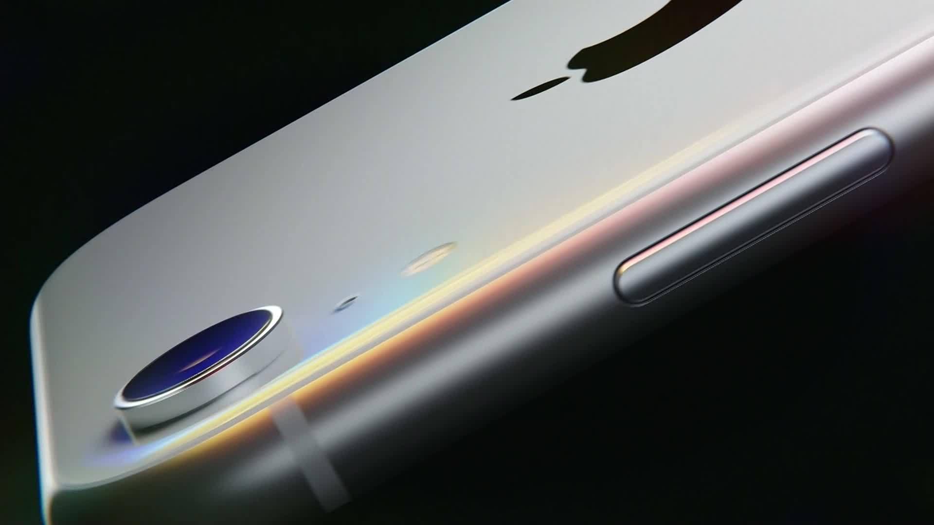 iPhone Facetime bug lets you eavesdrop