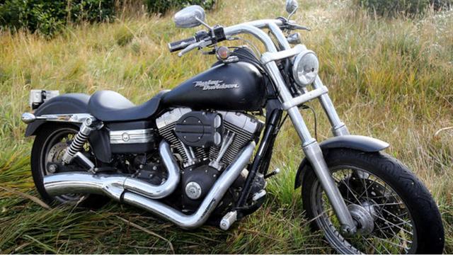 Harley-Davidson-Generic-Motorcycle_1524479723519_40444713_ver1.0_640_360_1550967221028.jpg