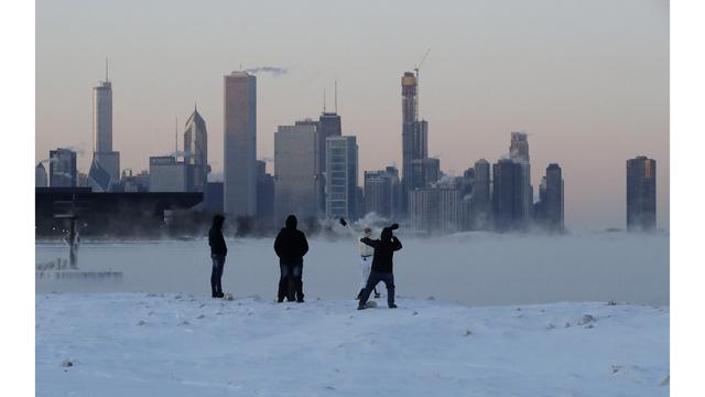 Winter Weather Chicago_1549814940771