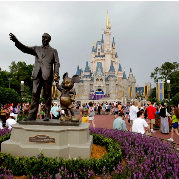 Disney Lyft Drivers Union_1552487593561