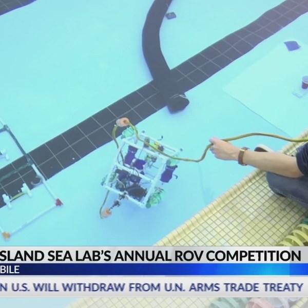 Underwater robots invade Bishop State pool