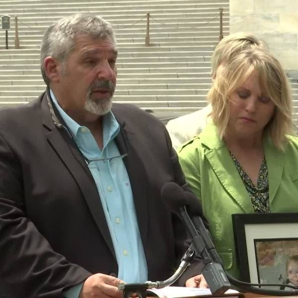 Lawmakers, Safety Advocates Aim to Prevent Hot Car Deaths