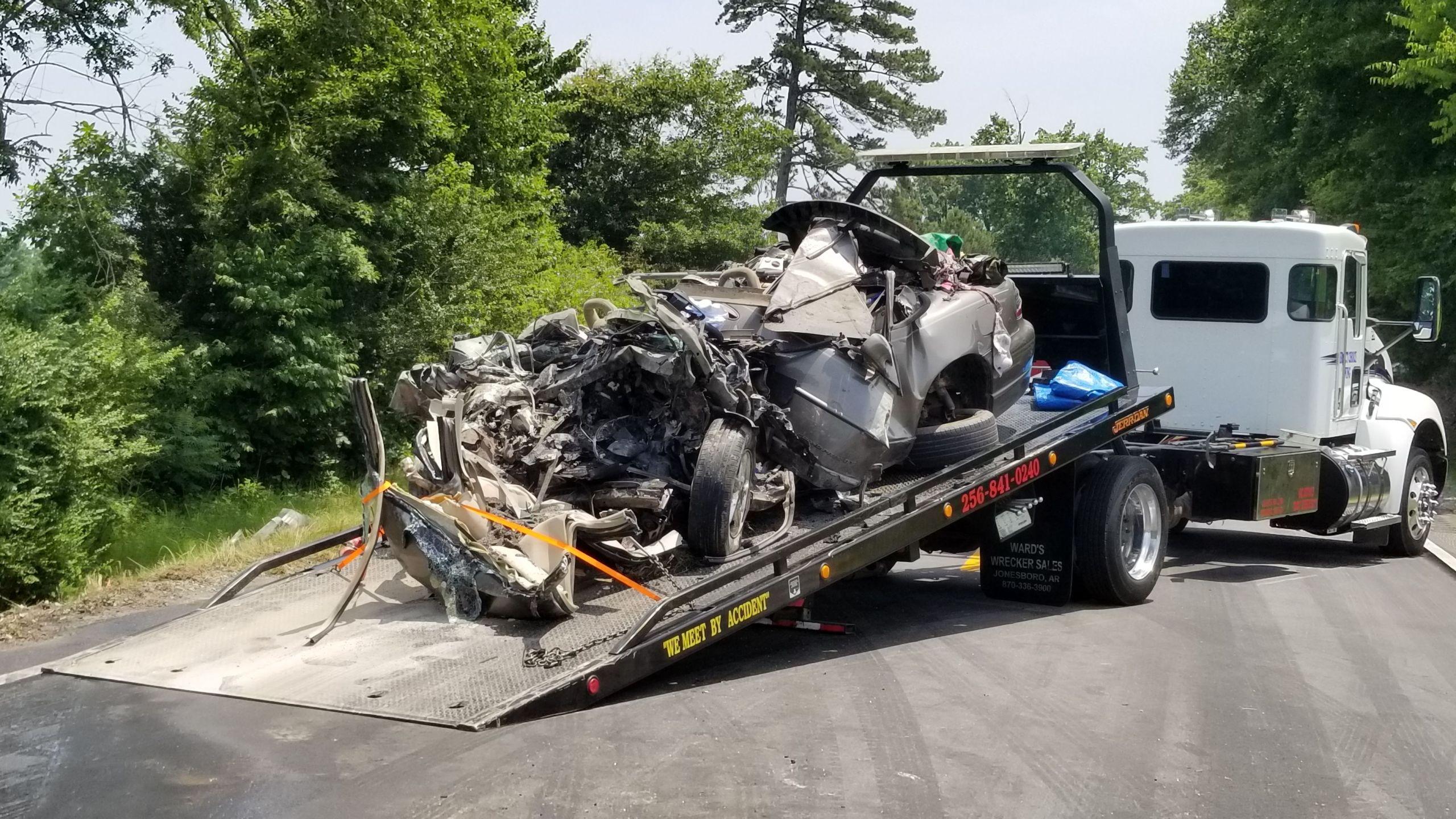 Gruesome fatal wreck in Cullman-842137438