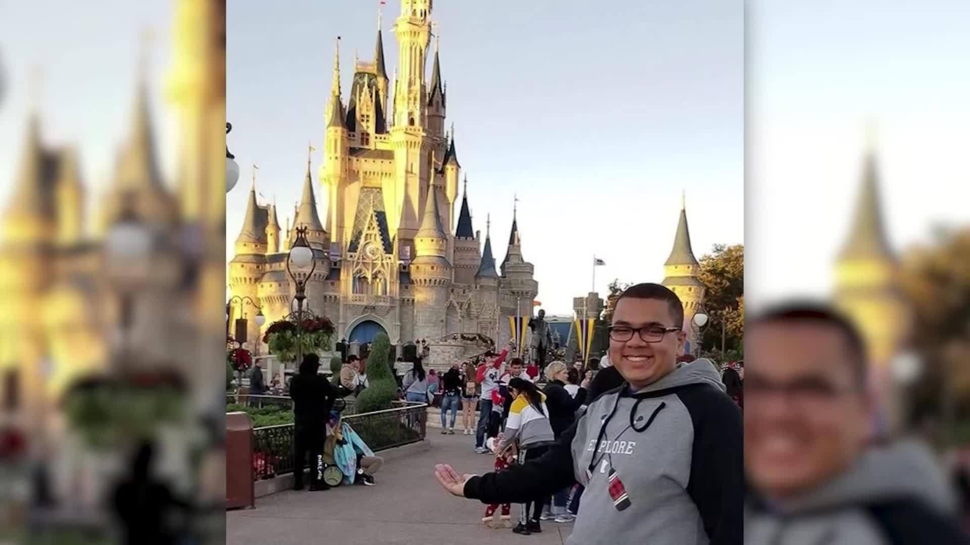 Teen sells enough cupcakes to take his entire family to Disney World
