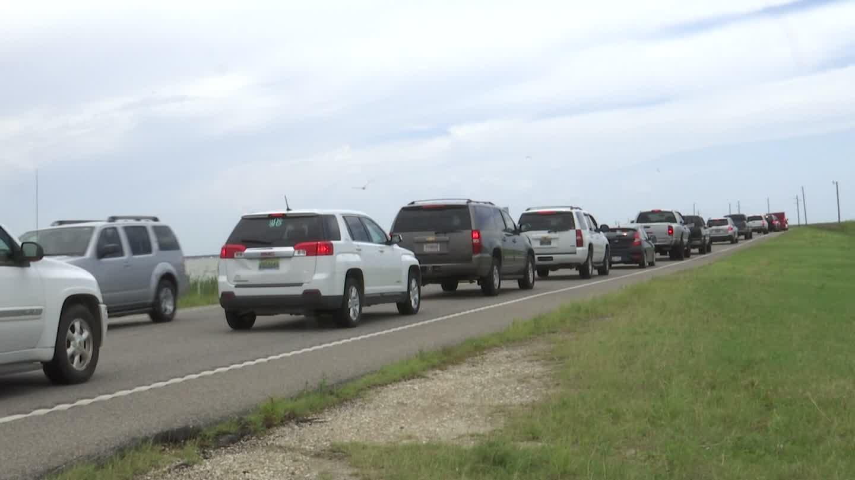 Three-car accident shuts down Dauphin Island Bridge – WKRG News 5