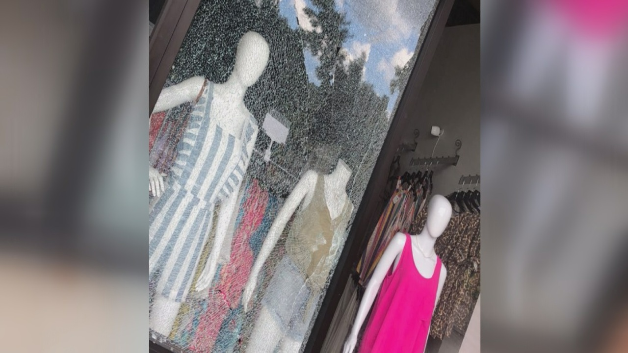 """The glass was everywhere"""" Boutique manager recounts finding possible"""