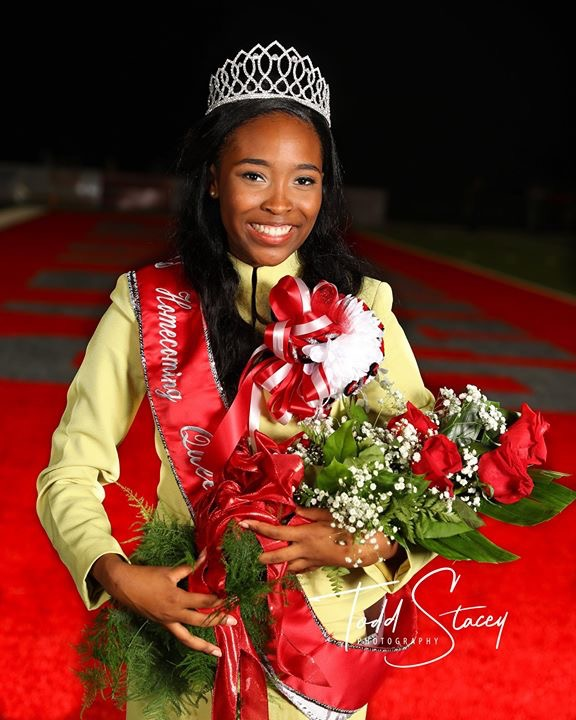Saraland Spartans Football: Photos Of Animated Saraland Homecoming Queen Make The