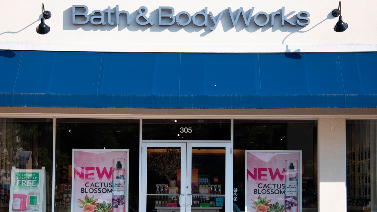 Queenstown Outlets Halloween 2020 Bath & Body Works temporarily closing stores in U.S., Canada due