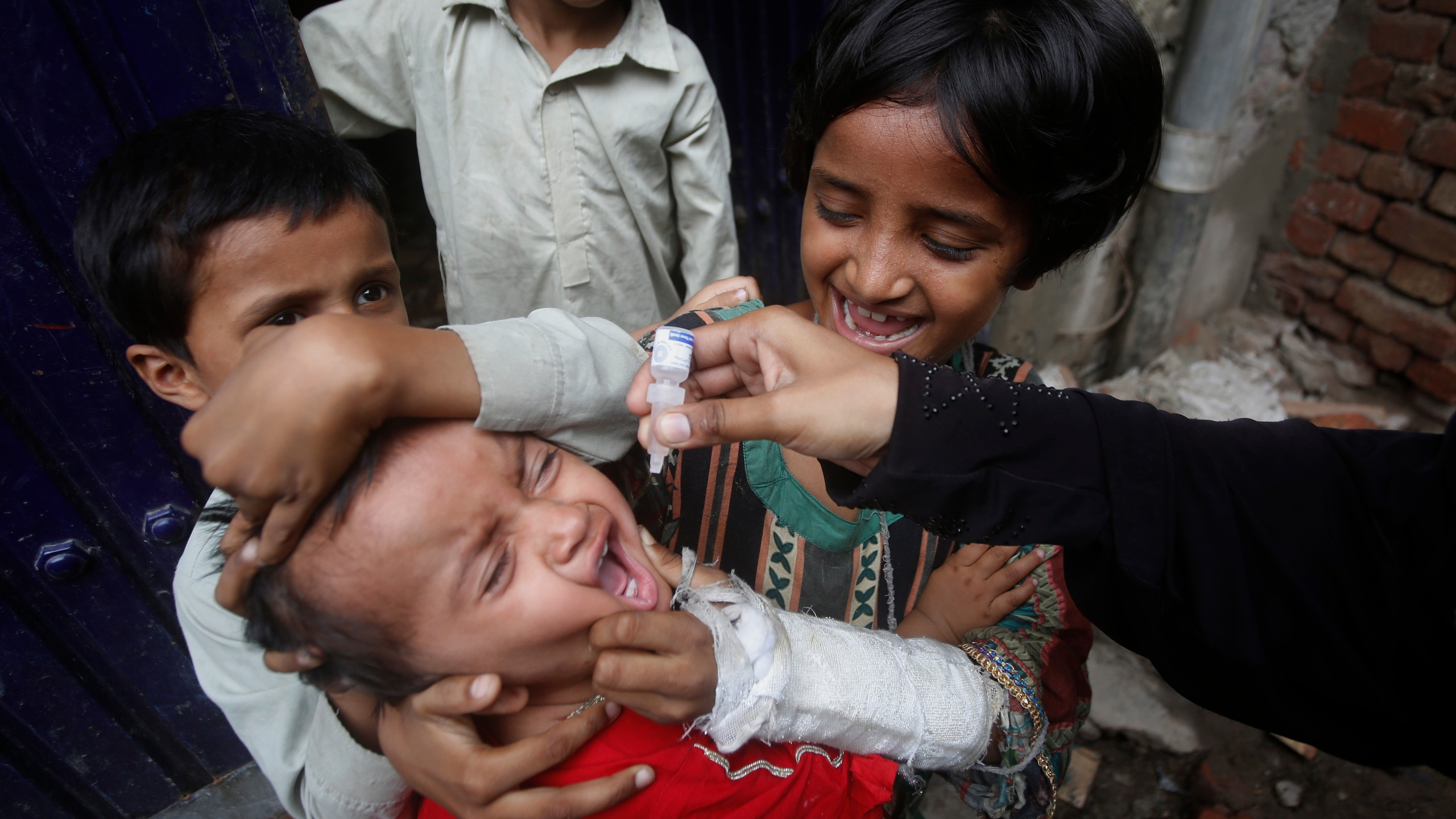 Pakistan wraps up anti-polio drive amid surge in cases – WKRG News 5