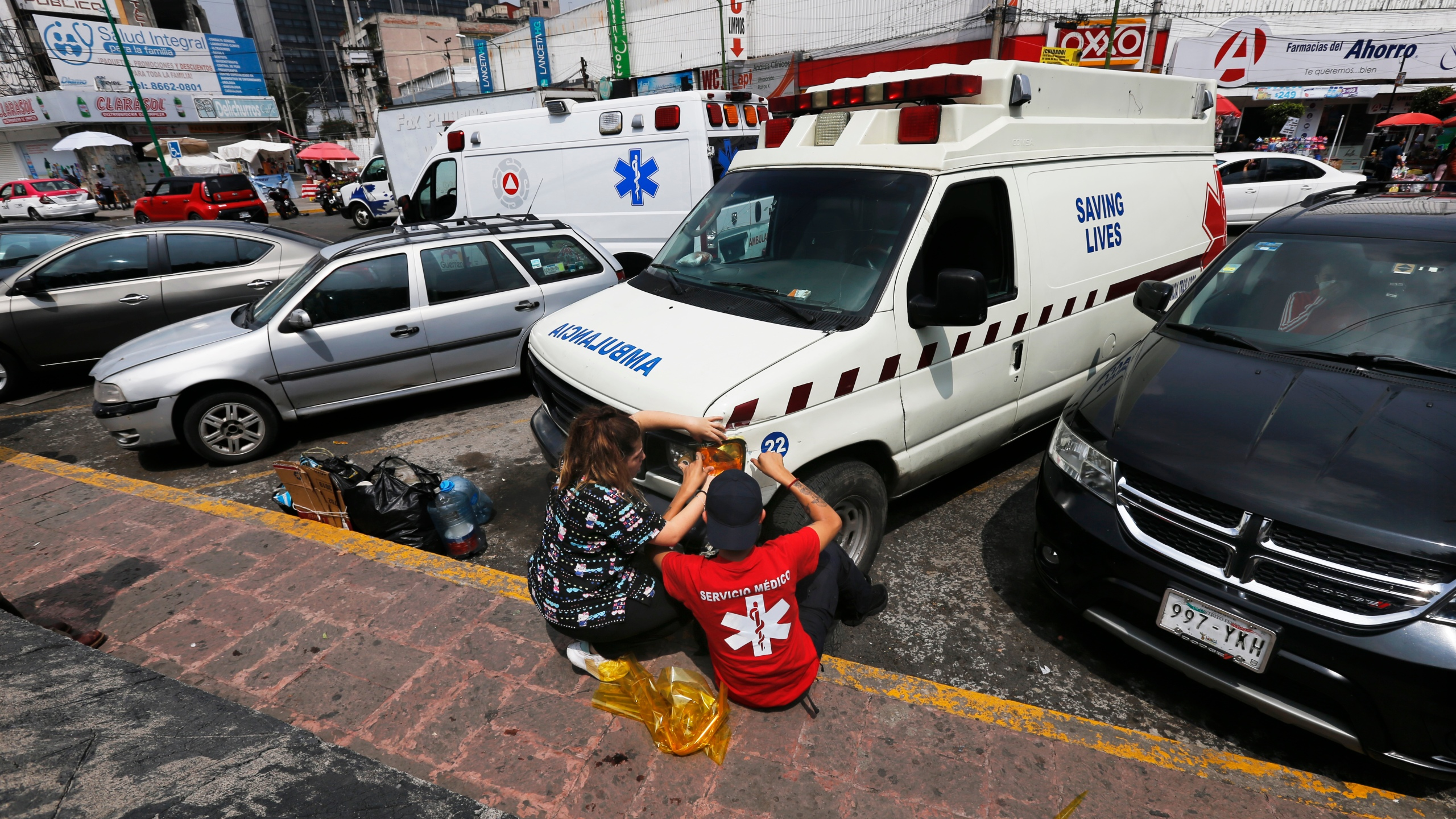 Mchd Ambulance Christmas Parade 2020 Mexico's pirate ambulances profiteering in the pandemic – WKRG News 5