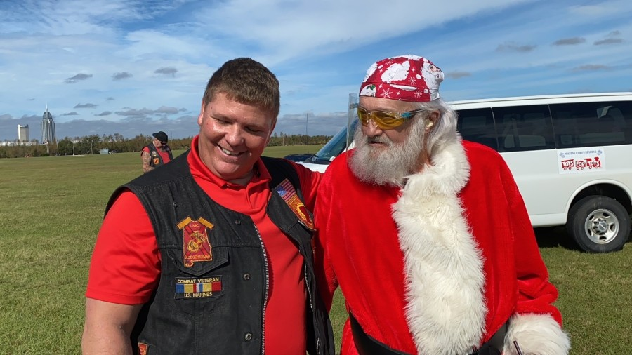 Wm Picup Niceville Christmas 2020 WKRG   BIKER DAD: With hundreds of kids more than usual in need