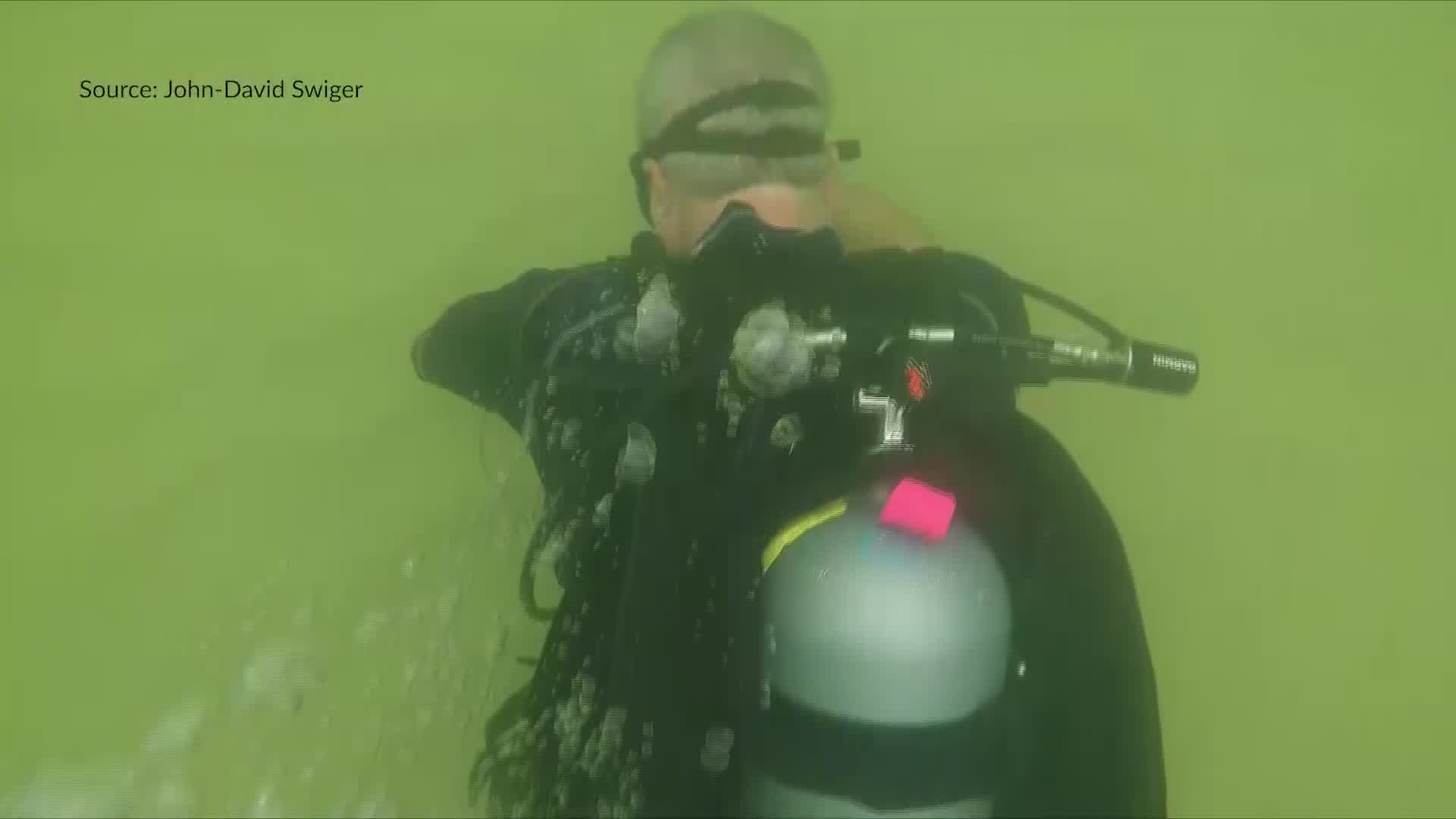 """Divers fight strong surf, poor visibility in first """"Diving for Debris"""" at Gulf State Park Pier"""